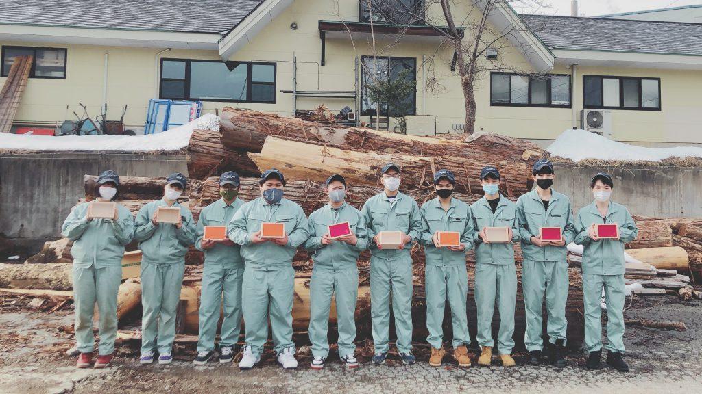 飛騨高山高校の生徒がつくった木箱